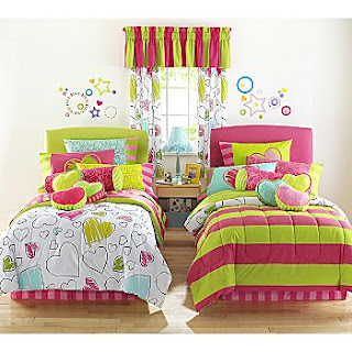   ,    ,     , twins beds