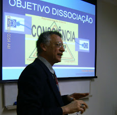 CURSOS E FORMAÇÕES