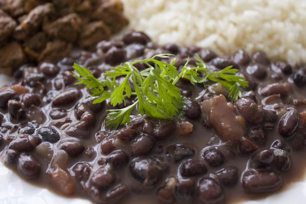 Savory Thyme: Soupy Black Beans