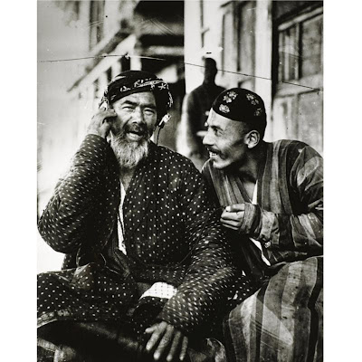 Georgi+Zelma+-+THE+VOICE+OF+MOSKOW,+UZBEKISTAN,+1925 dans Photographie: Grands Photographes