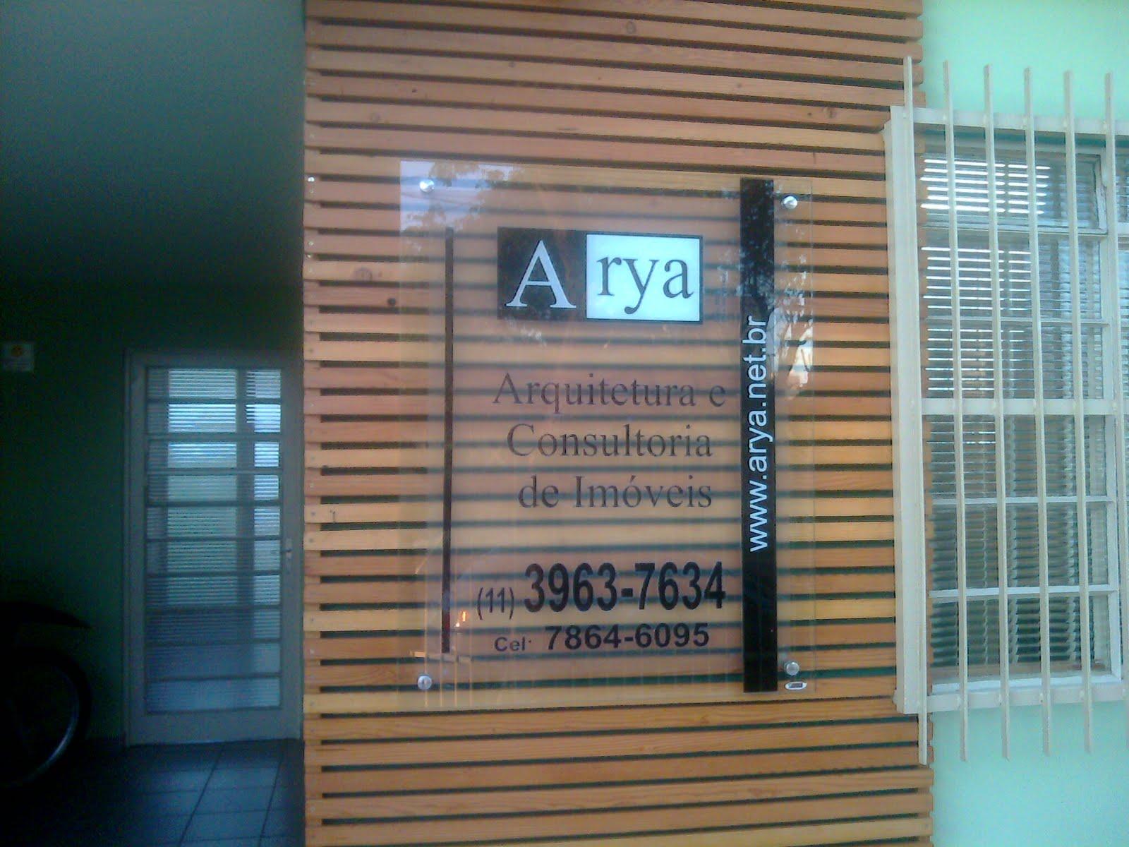 Sign Artes Gráficas: Painéis em Vidro com ou sem deck de madeira #2E4C5F 1600x1200