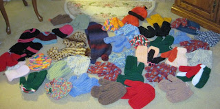 crocheted mittens for homeless