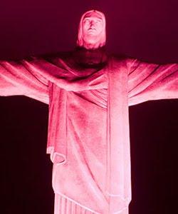 Cristo Redentor rosa
