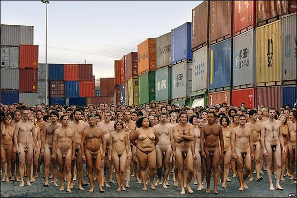 Spencer Tunick: Die Nackten von Dsseldorf - Bilder