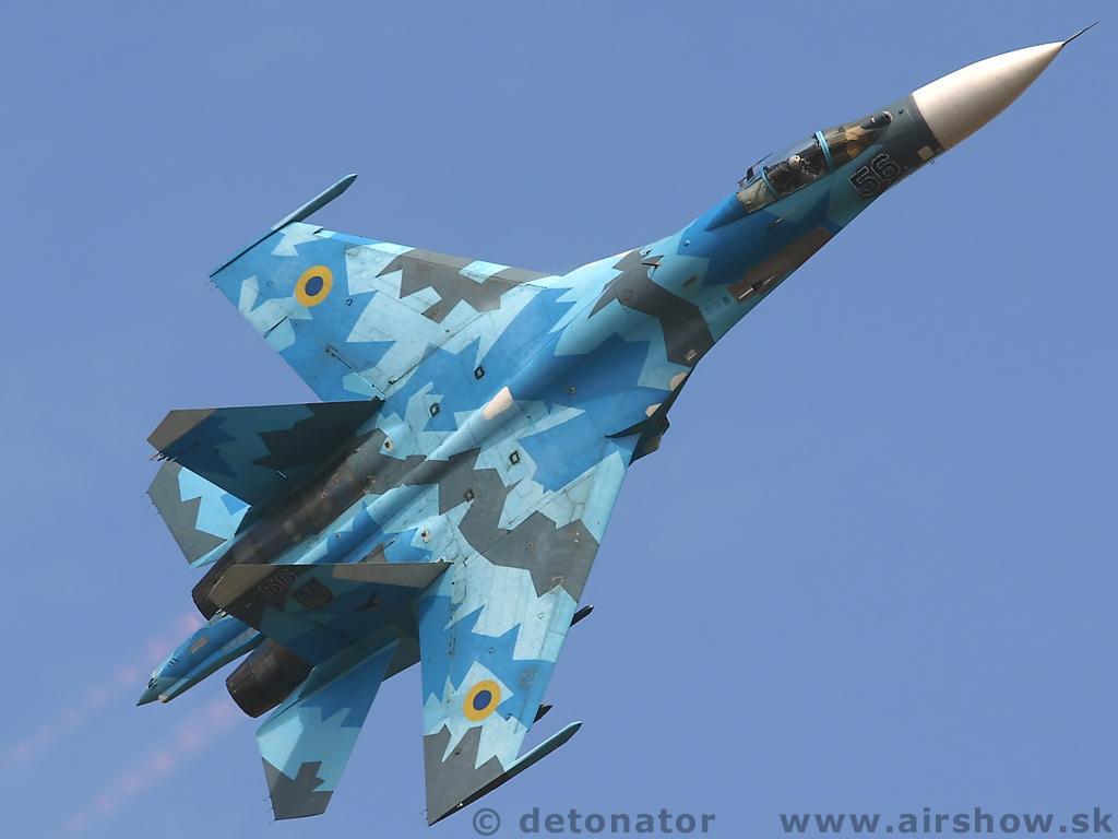 avi245es militares para fs2004 su27