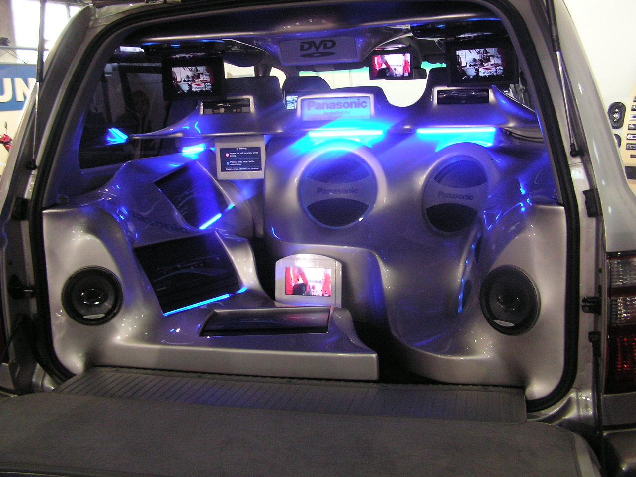 Car speakers subwoofer