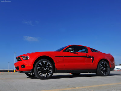new car Ford Mustang V6 2011