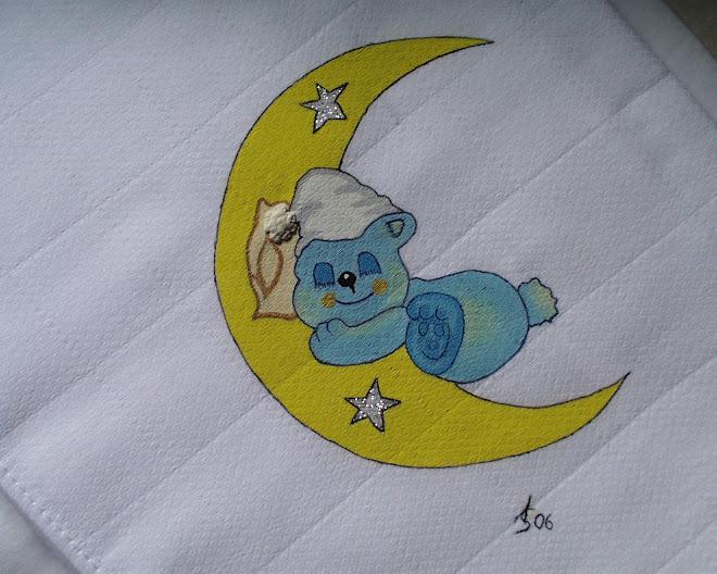 Urso na Lua