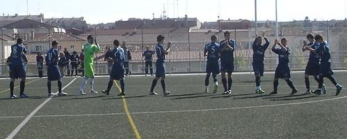 Deportes vila f tbol la zona norte encabeza la for Piscina zona norte avila