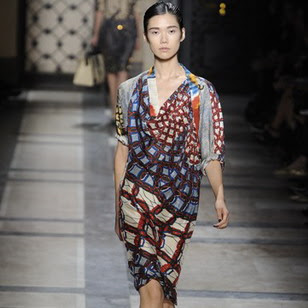 Paris fashion show inspired by batik