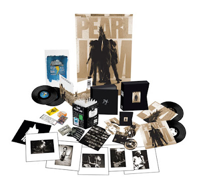 Pearl Jam - Ten Re-Issue Super DeLuxe Edition