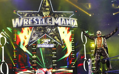 WrestleMania XXV - Rey Mysterio in full Joker Attire
