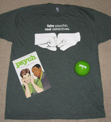 San Diego Comic Con 2009 Exclusive Psych Comic Book, 'Fake Psychic, Real Detectives' T-Shirt and Green Magic 8 Ball