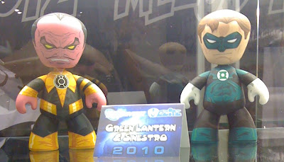 FIRST LOOK: DC Comics Green Lantern & Sinestro Mez-Itz Vinyl Figure 2 Pack