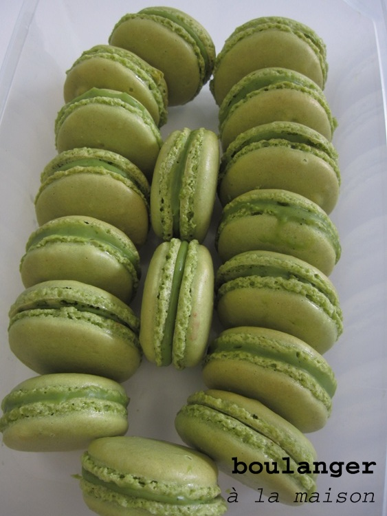 You can do it... at home!: Green Tea Macarons