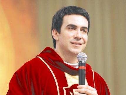 biografia_padre_fabio_de_melo