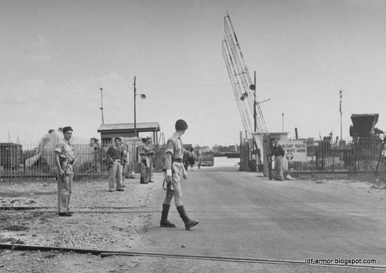 Haifa port-British checkpoint