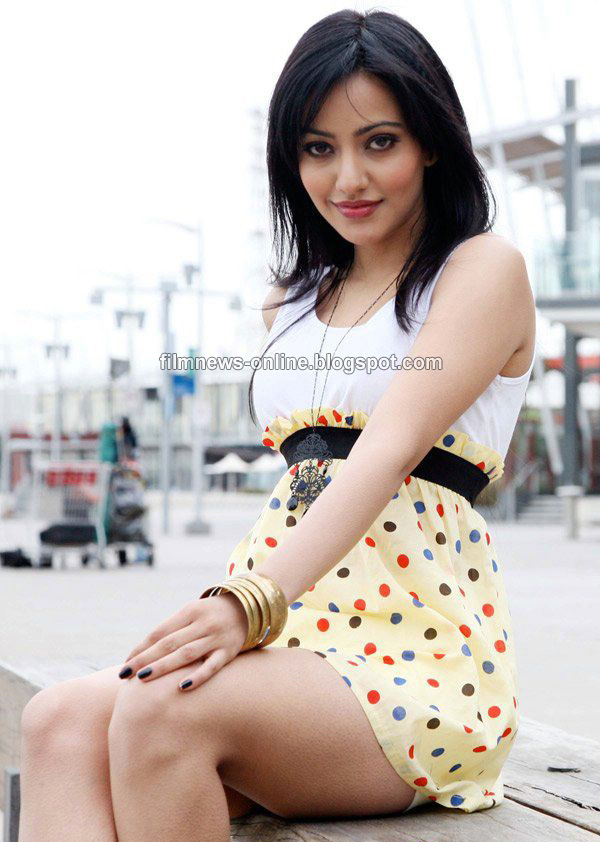 All Wallpapers Of Neha Sharma. Neha Sharma Wallpapers 1