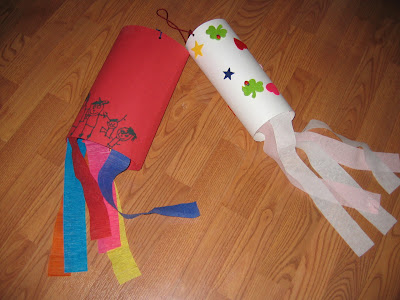 Halloween Craft Ideas Construction Paper on Wind Sock Craft You Make With Construction Paper And Crepe Paper