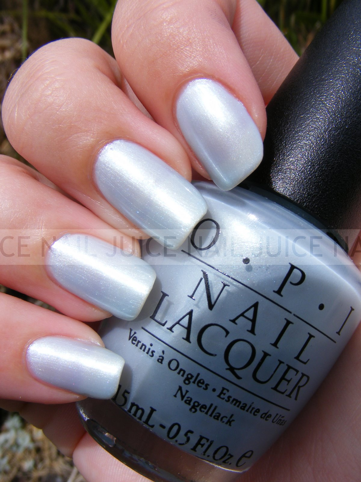 OPI Cool In The Pool