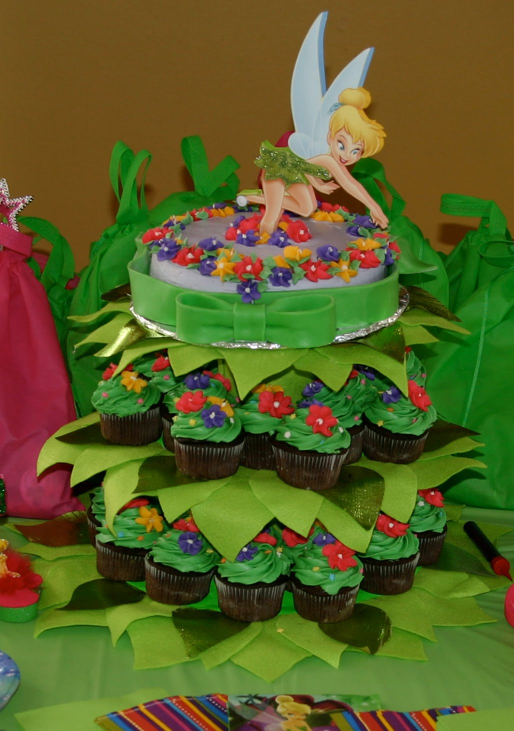 Events & Crafts.: Tinkerbell Cake