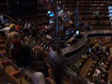 parte del teatro a prua della nave