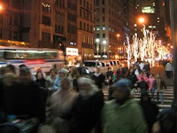 Tráfico navideño en Midtown. Foto © Department of Transportation. City of New York