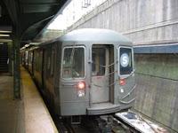 Tren R68 No. 2916 en Prospect Park, el 15 de enero de 2005. Foto Oren's Transit Page