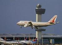 Un avión de Air India aterrizando en el aeropuerto Kennedy