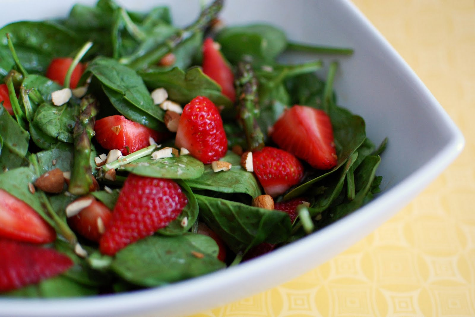 Spinach and Strawberry Salad | Beantown Baker