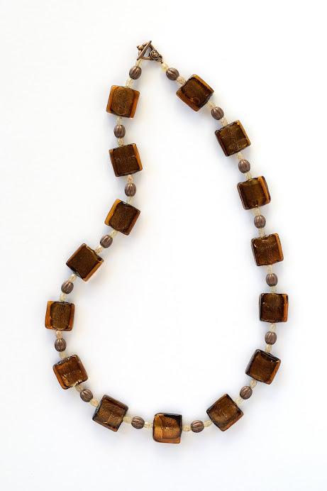 Collana Vetro marrone, rame e swaroski