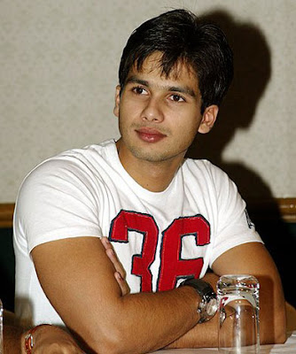 Shahid Kapoor Wallpapers. SHAHID KAPOOR WALLPAPERS