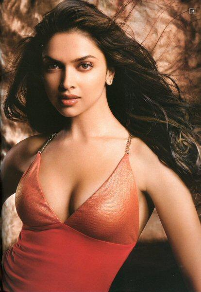 hot bollywood actress wallpaper. Hot Bollywood Actress Deepika