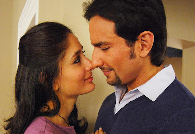 Saif Ali Khan Kareena Kapoor Hottest Scenes Pics Wallpapers 2011
