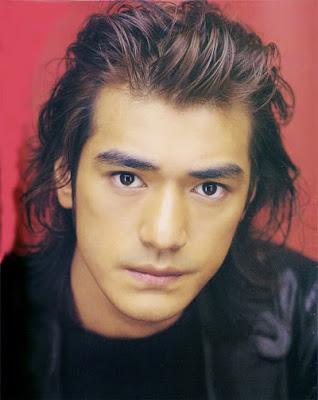 Takeshi Kaneshiro wavy hairstyle