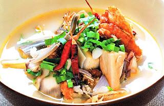 ต้มโคล้งปลากรอบใส่หัวปลี