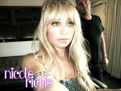 nicole richie boho chic. Nicole Richie#39;s collection for