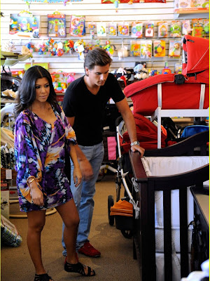 kourtney kardashian and scott. Everyday Kourtney Kardashian