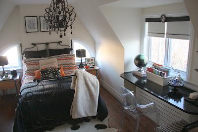 http://3.bp.blogspot.com/_eYsdOYZZm_M/Sa2NBAR7VcI/AAAAAAAAFpM/r2R_APsBb4Y/s400/jessica+claire%27s+world+bedroom1.JPG