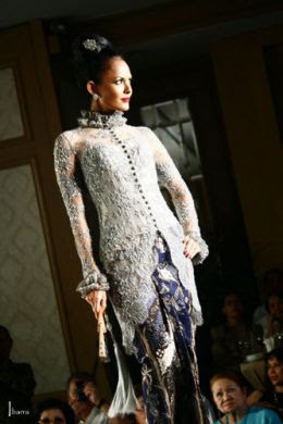 Adjie Notonegoro wedding dresses