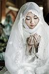"""""""Rabbana Hablana min azwajina wa zuriyyatina Qurratu'ayuni, Rabbi ja'alni muttaqeena imamaa..ameen"""""""