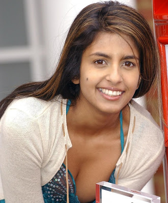 Is Konnie Huq cleavage heading for GMTV