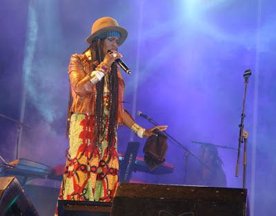 Lauryn Hill Performs In Portugal!