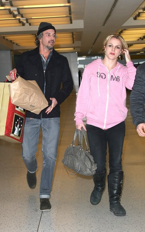 Coupled Up: Britney And Jason At JFK!