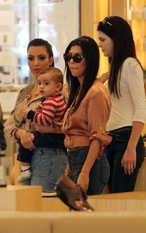 Kim, Kourtney And Kendall Take Mason Shopping!