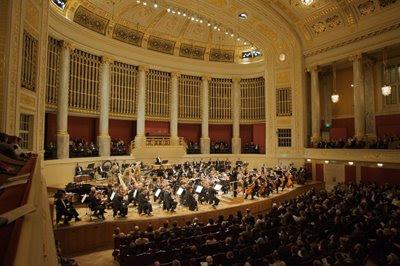 La ROSS en la Sala grande del Konzerthaus de Viena el 10 de febrero de 2009 (© Robert Newald / Diario de Sevilla)