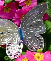 borboleta de lata reciclada