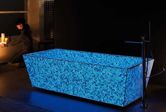 Badewanne Mosaik aus bock leuchtende mosaik badewanne