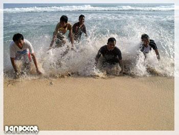 pantai, lompat,jump
