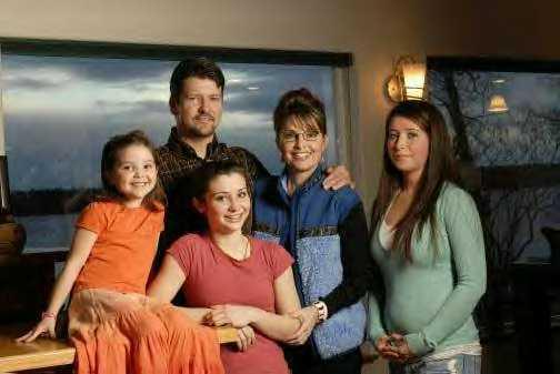 http://3.bp.blogspot.com/_eeBrCFDUUOc/R9SMzjkqrLI/AAAAAAAAAUw/thEnzs9T7GY/s1600/PalinFamily.jpg